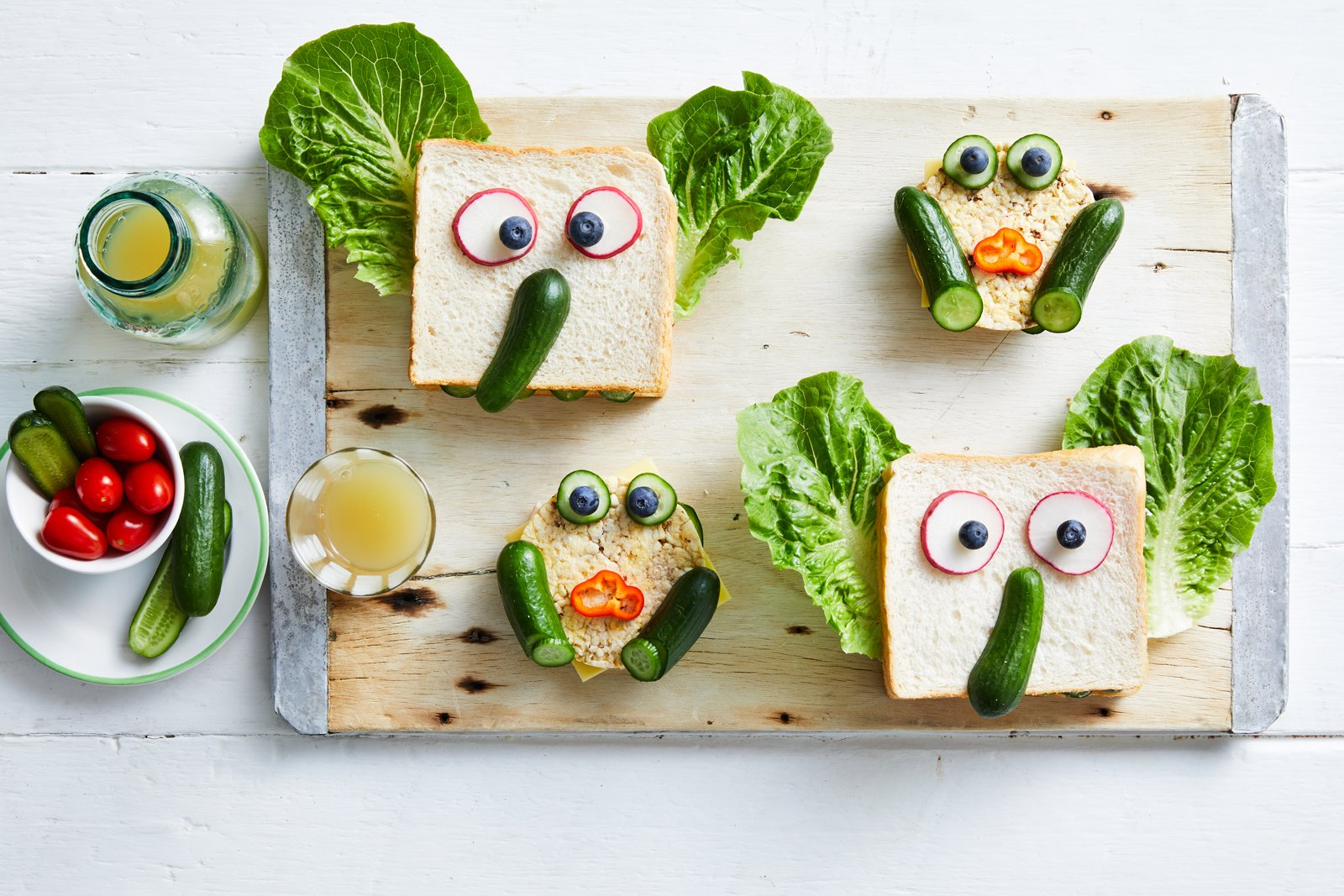 Recipe_LR_Qukes_Funny Face Animal Sandwiches_01_Janelle Bloom_2019